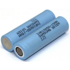 Аккумуляторы высокой емкости Samsung INR18650-15M 1500mah на белом фоне