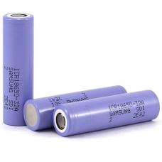 Аккумуляторы высокой емкости Samsung IСR18650-32A 3200mah на белом фоне