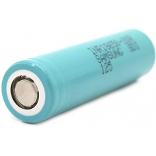 Аккумуляторы высокой емкости Samsung INR18650-20S 2000mah на белом фоне