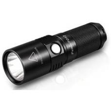 Компактный туристический фонарь Fenix PD12