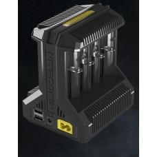 Универсальное зарядное устройство Nitecore i8 в черном пластиковом корпусе